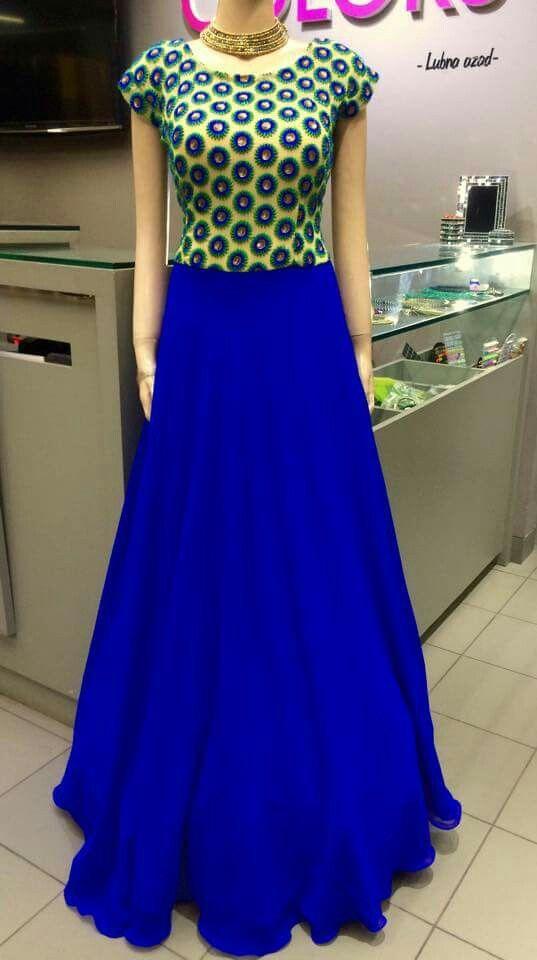 Navy blue skirt | chaithra | Pinterest | Falda, Vestiditos y Muñecas