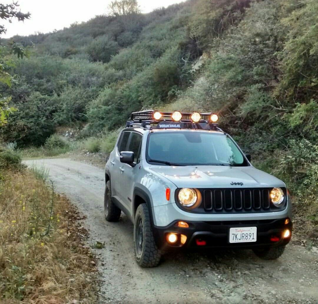 Pin by Solon on GALLERIA DE AUTOS Y 4X4 Jeep renegade