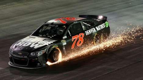 Provided by Sporting News - Martin Truex, Jr. has tire issue at Bristol race - 2015