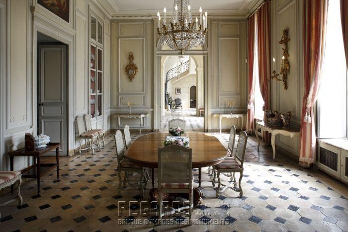 Chateau De La Motte Tilly Palace Interior Interior Architecture Design Beautiful Interiors