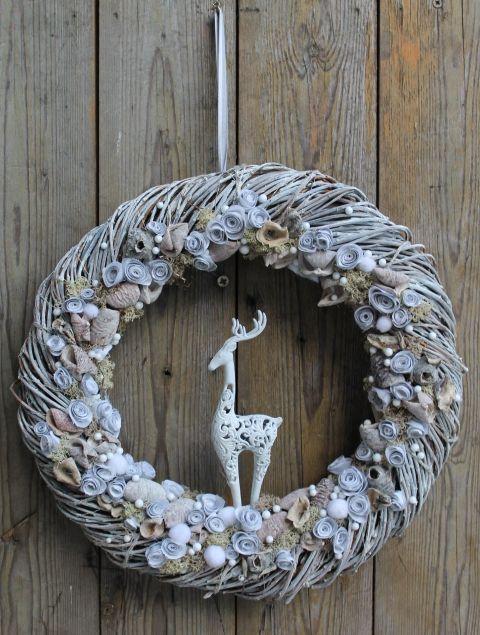 Hilltop – winter door decoration (anniesdesign) – Meska.hu