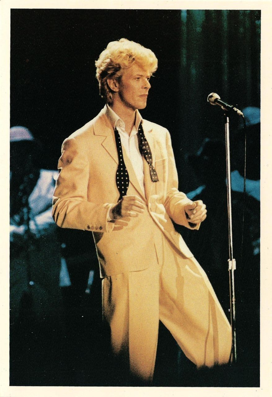 Rocking In The Serious Moonlight Bowie David Bowie Yellow Suit