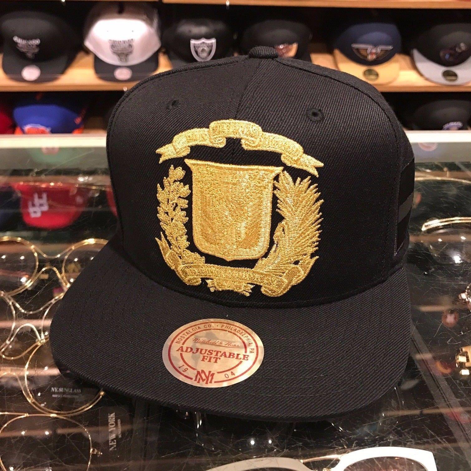 Dominican Republic Black Snapback Hat Metalic Silver Logo Cap by Mitchell /& Ness