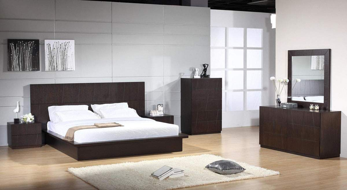 Lacquered made in spain wood modern platform bed with tiles milwaukee - Minimalist Bedroom Design With White Bed And Wooden Cabinets Also Wooden Floor And Grey Wall And