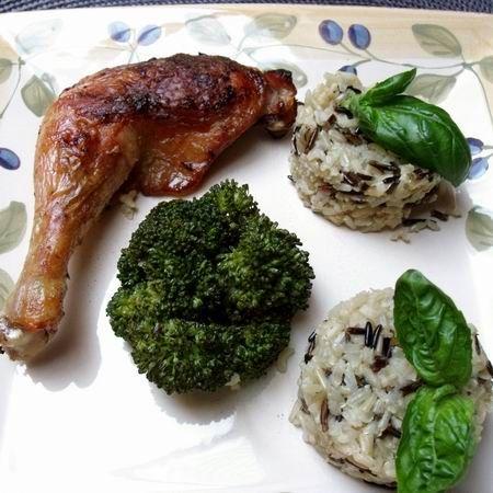Pataki tálban sült csirkecomb vadrizzsel és brokkolival Recept képpel -   Mindmegette.hu - Receptek