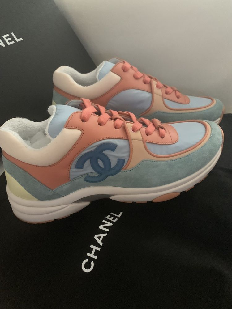 Chanel Cruise 2019 Sneakers | Chanel