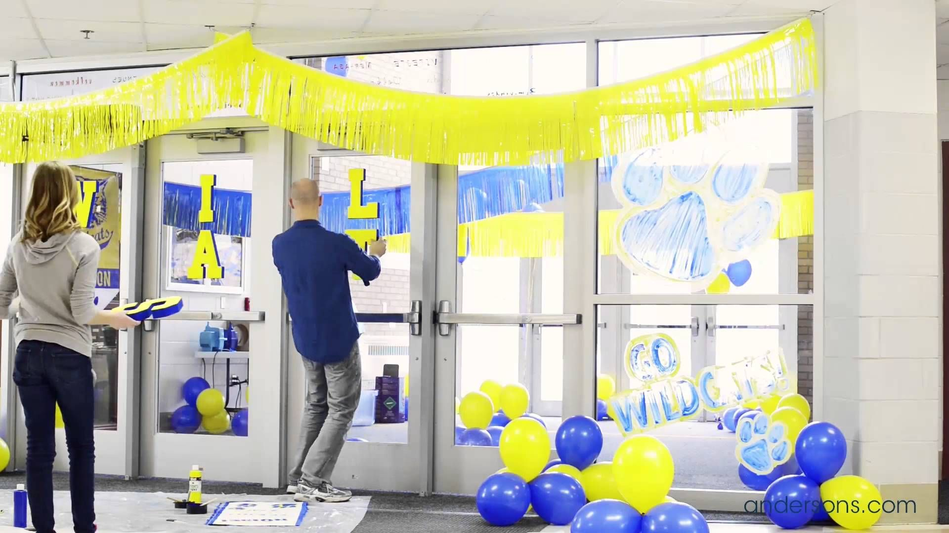Increase School Spirit Watch Our Vid With Decorating Ideas For Homecoming And Spirit Week High School Decor School Sports Day Homecoming Decorations