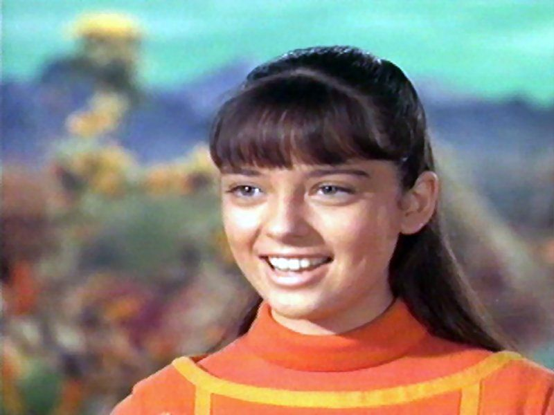 Penny robinson lost in space characters sharetv