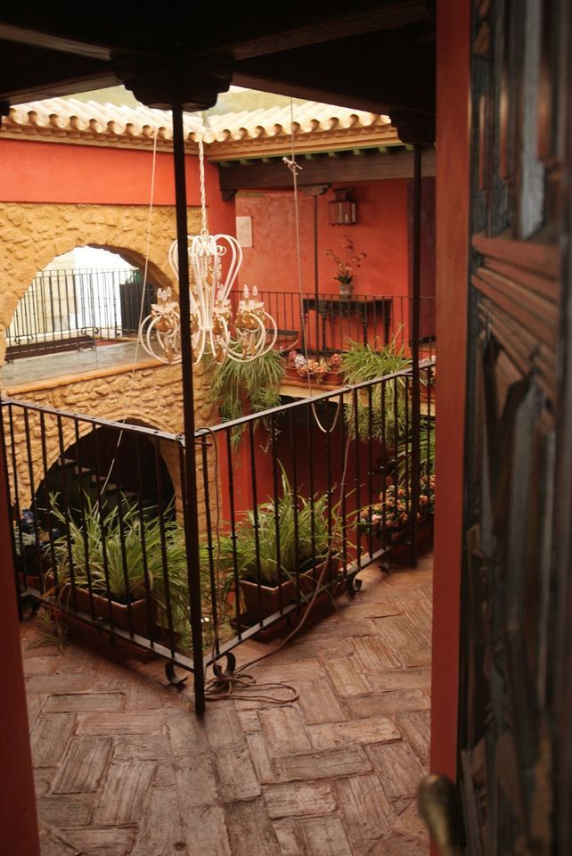 Un hotel con mucho encanto en osuna blog tendencias y decoraci n estilo andaluz patio - Patios con estilo ...