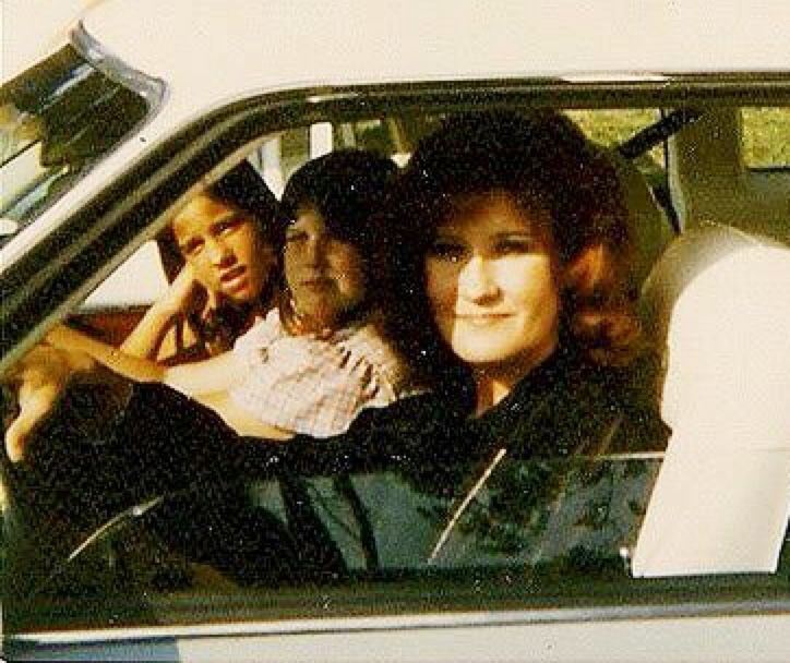 Patsy Presley, Elvisu0027 double first cousin Car candid with her - double first
