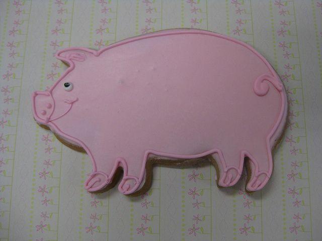 Pig Cookie by Flour & Sun, via Flickr #cookie #pig