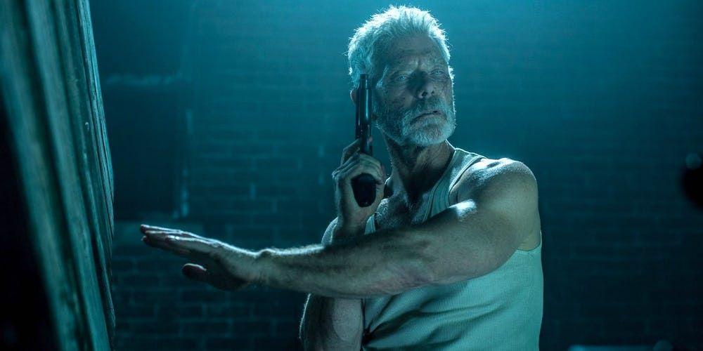 Stiven Leng Podtverdil Chto Ne Dyshi 2 Nahoditsya V Rabote Zona Uzhasov Stephen Lang Breathe Movie Newest Horror Movies