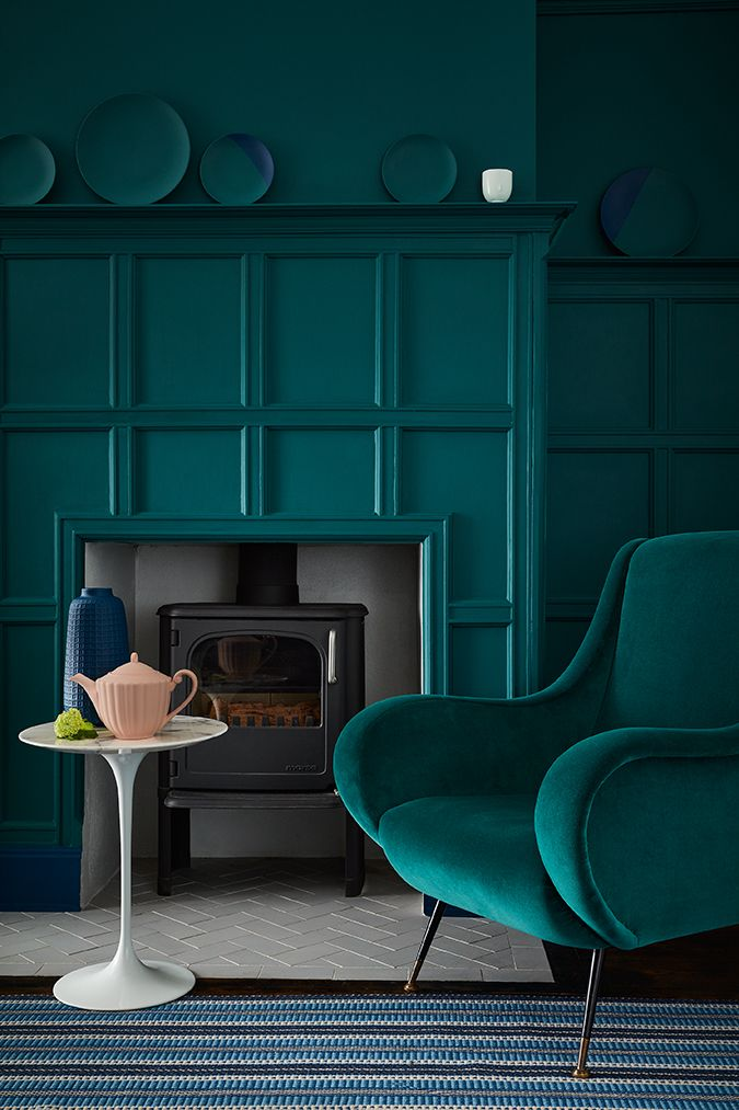 De verfkleuren Mid Azure Green 96, Royal Navy 257 van LITTLE GREENE ...