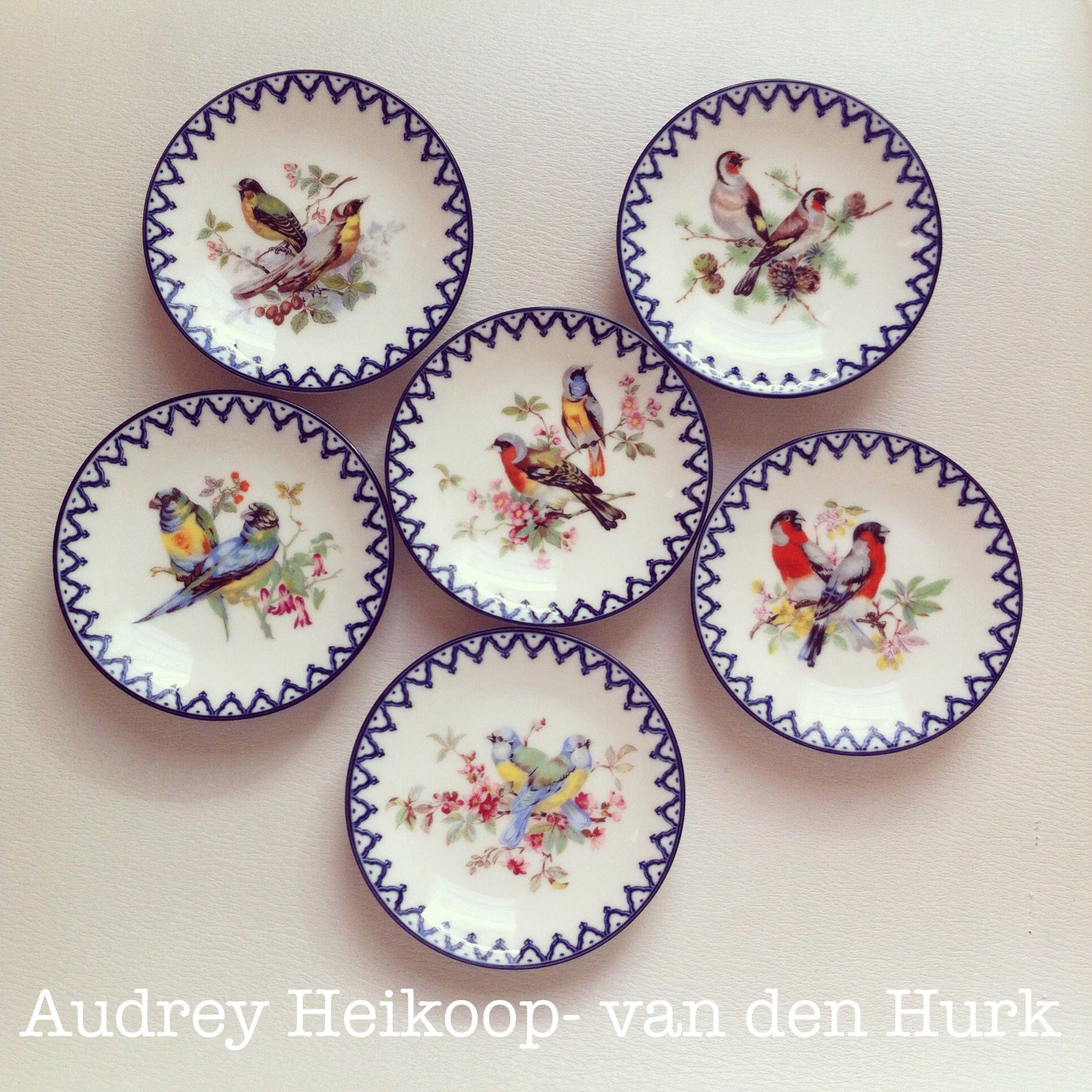 My lovely little plates.. #birds #flowers # petitfours
