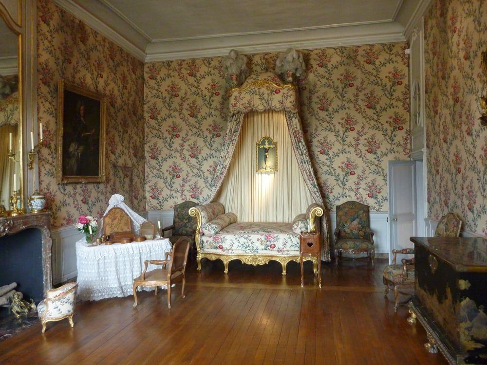 261 Château de Vaux le Vicomte, chambre a couche Louis XV