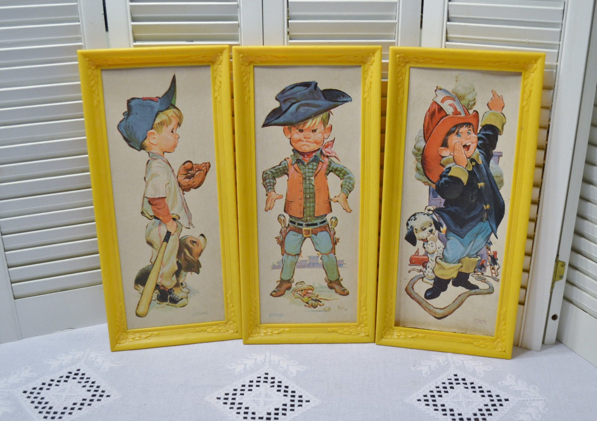 Vintage Sedona Print Boys Puppy Baseball Cowboy Fireman Plastic ...