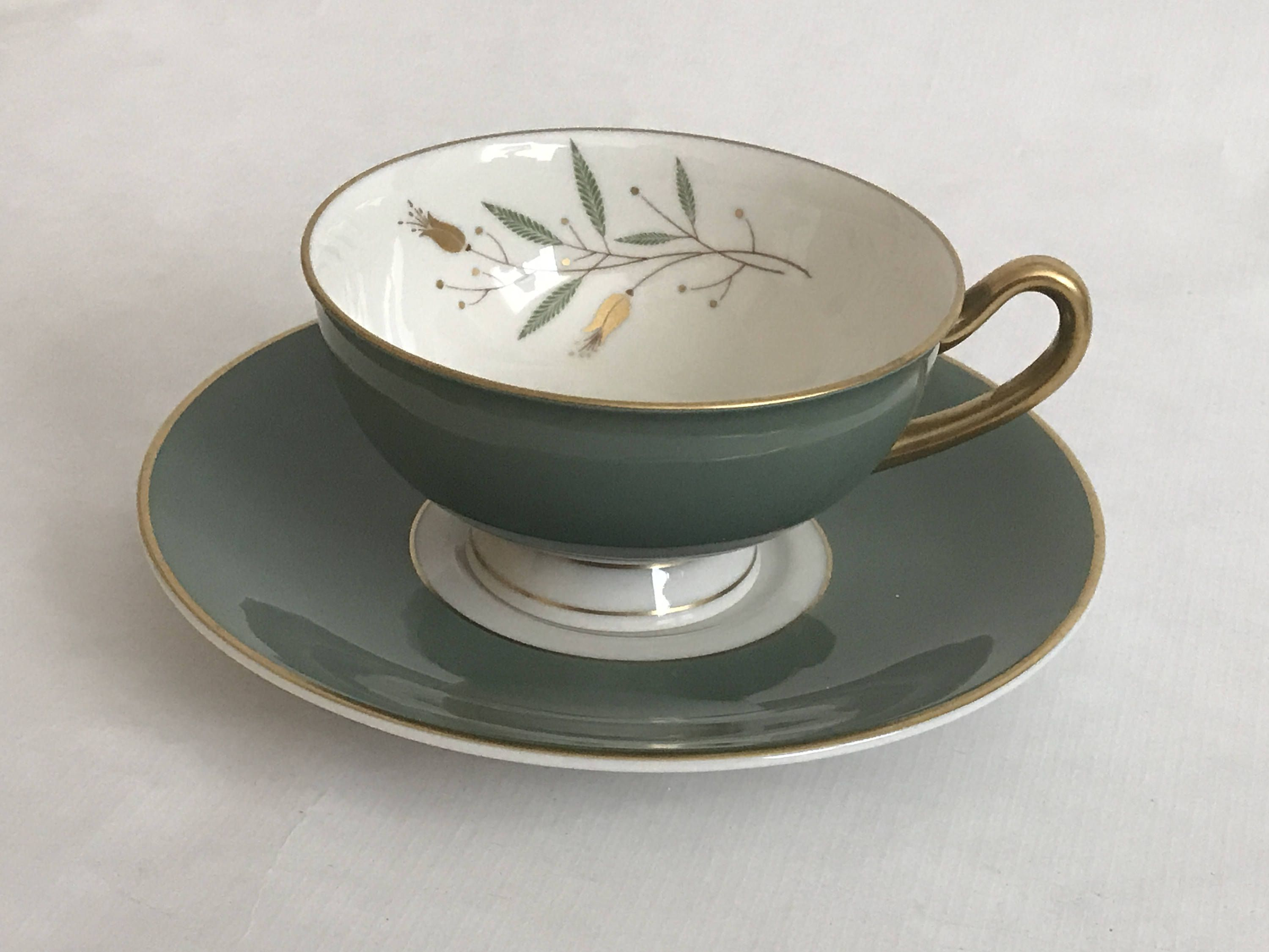 vintage syracuse mid century modern teacoffee cup  saucer  - vintage syracuse mid century modern teacoffee cup  saucer grandeurpatternivory green gold made in usa footed cup gold trim
