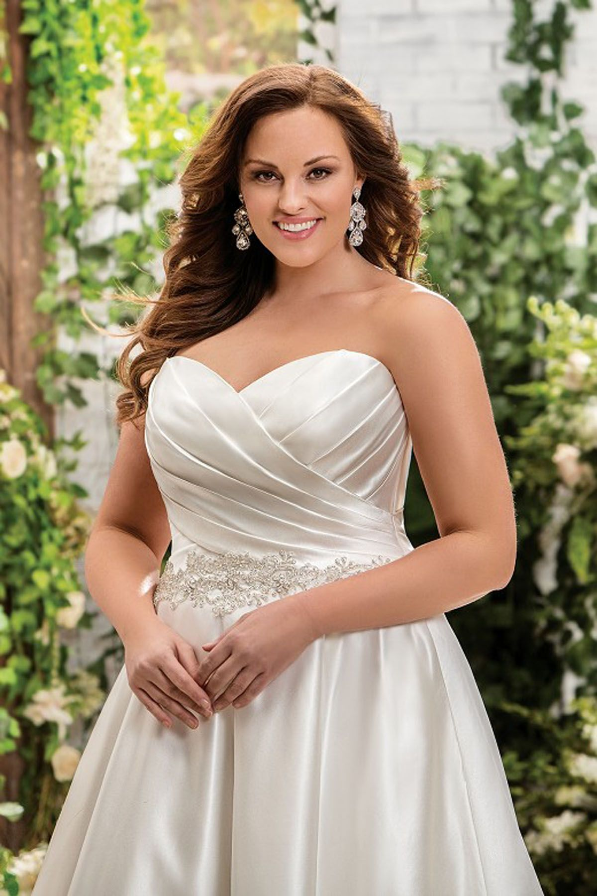 F181008 sweetheart strapless satin wedding dress with