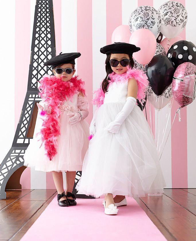 Paris Damask Celebration | Fiestas de adultos, Temas de fiesta y ...