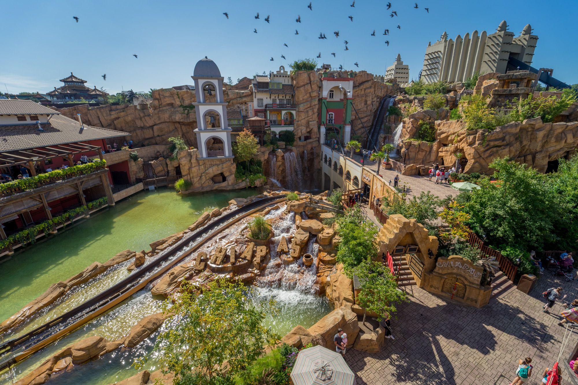 Pin Von Phantasialand Auf Phantastische Themenwelten Im Freizeitpark Phantasialand Phantasialand Freizeitpark Erkunden