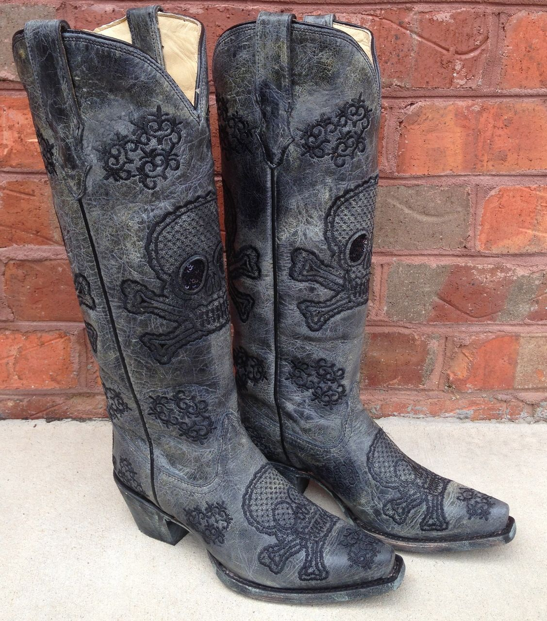 Corral Black Tall Sequence Skulls Boots R1078 | Skulls, Sequences ...