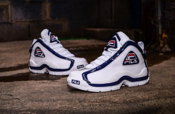 the best attitude f7e97 948ac Fila Grant Hill 2 OG Shoes Hitting Retailers - KixandtheCity.com