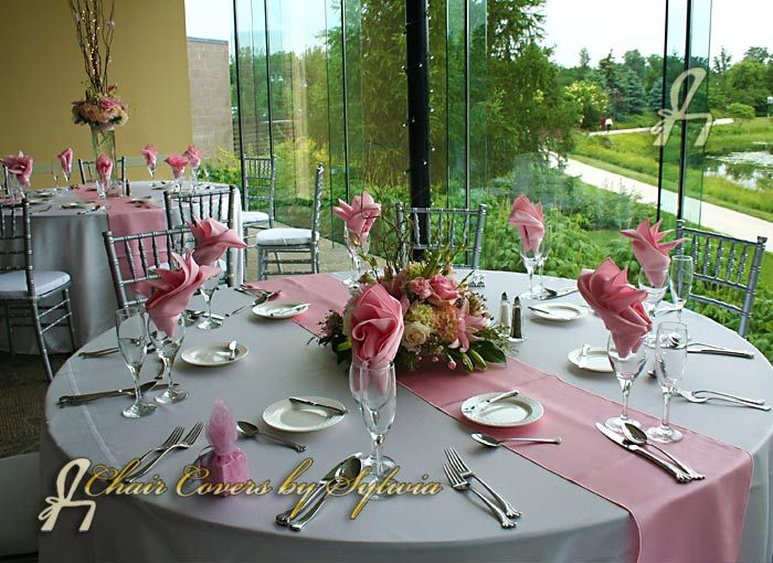 Chicago Table Runners For Rental In Light Pink In The