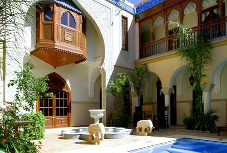 Moroccan Homes Can Look Simple If You Can Combine The Style With Modern  Look. But You Can Represent The Nice Style By Picking The Rich Shade To  Adorn The ...
