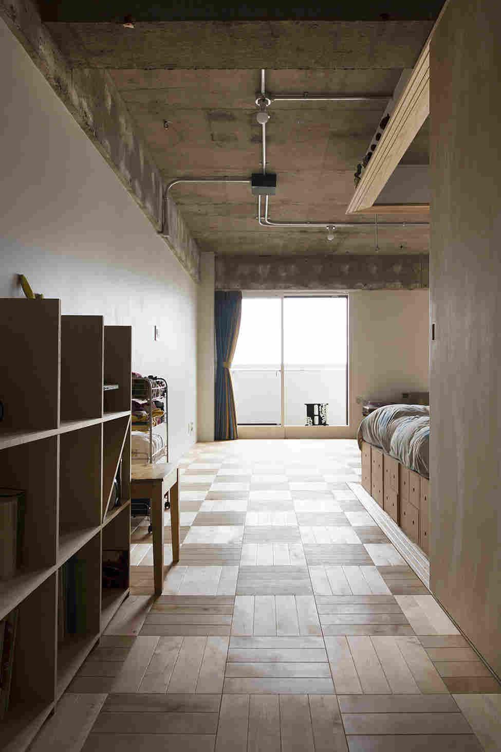 Innenarchitektur für wohnzimmer für kleines haus Жилое пространство в Японии