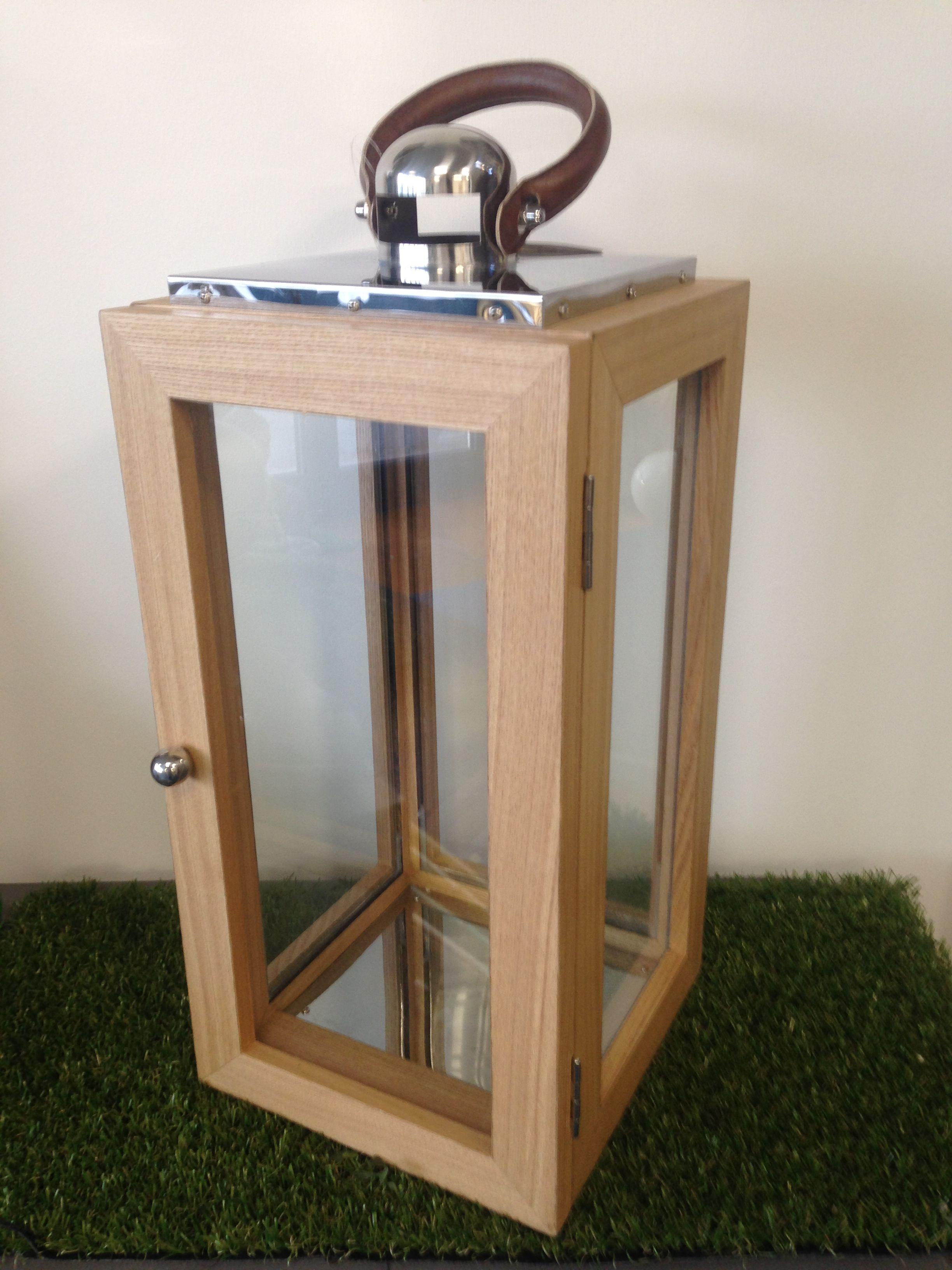 lanterne bois et inox avec anse en cuir 23 x 23 x 50 cm au. Black Bedroom Furniture Sets. Home Design Ideas
