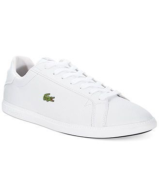 low priced 5cc16 206be Lacoste Graduate AT Sneakers