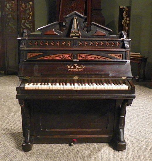 Rare model brand victorian boudoir size upright piano for Small upright piano dimensions