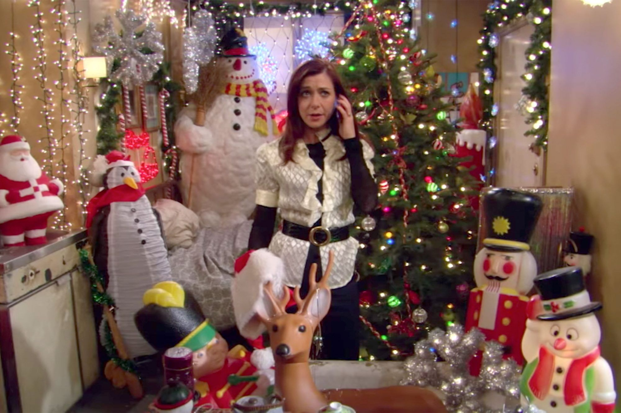 Best Christmas Episodes Of 2020 25 of TV's best Christmas episodes in 2020 | Christmas episodes