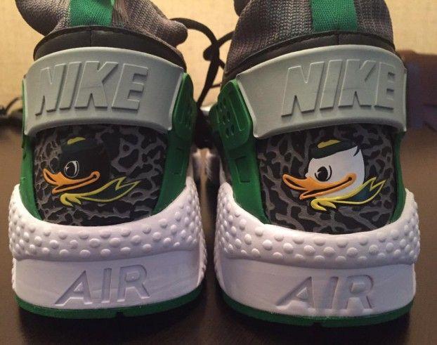 detailed look 1d07a 4721b Nike Air Huarache OREGON DUCKS