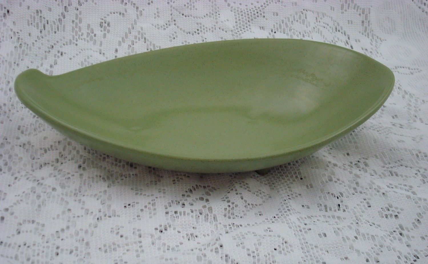 Vintage Maurice California Three Footed Dish WD28 by thelatterhalf, $24.95