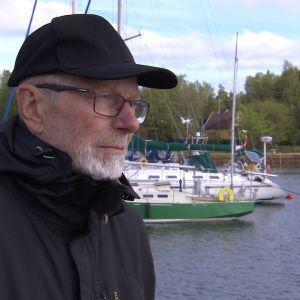 Entinen merikapteeni ja yrittäjä kertoo eläneensä velkavankeudessa 24 vuotta.