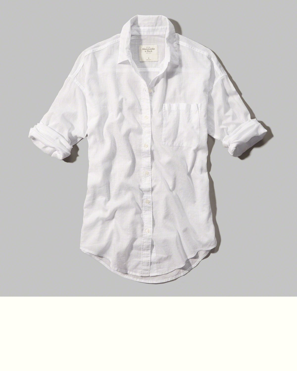 Lightweight with subtle sheerness, button closure and a classic collar, Easy Fit, Imported