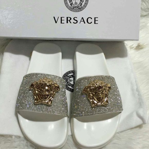versace slides authentic authentic don 39 t ask versace shoes slippers my posh picks pinterest. Black Bedroom Furniture Sets. Home Design Ideas