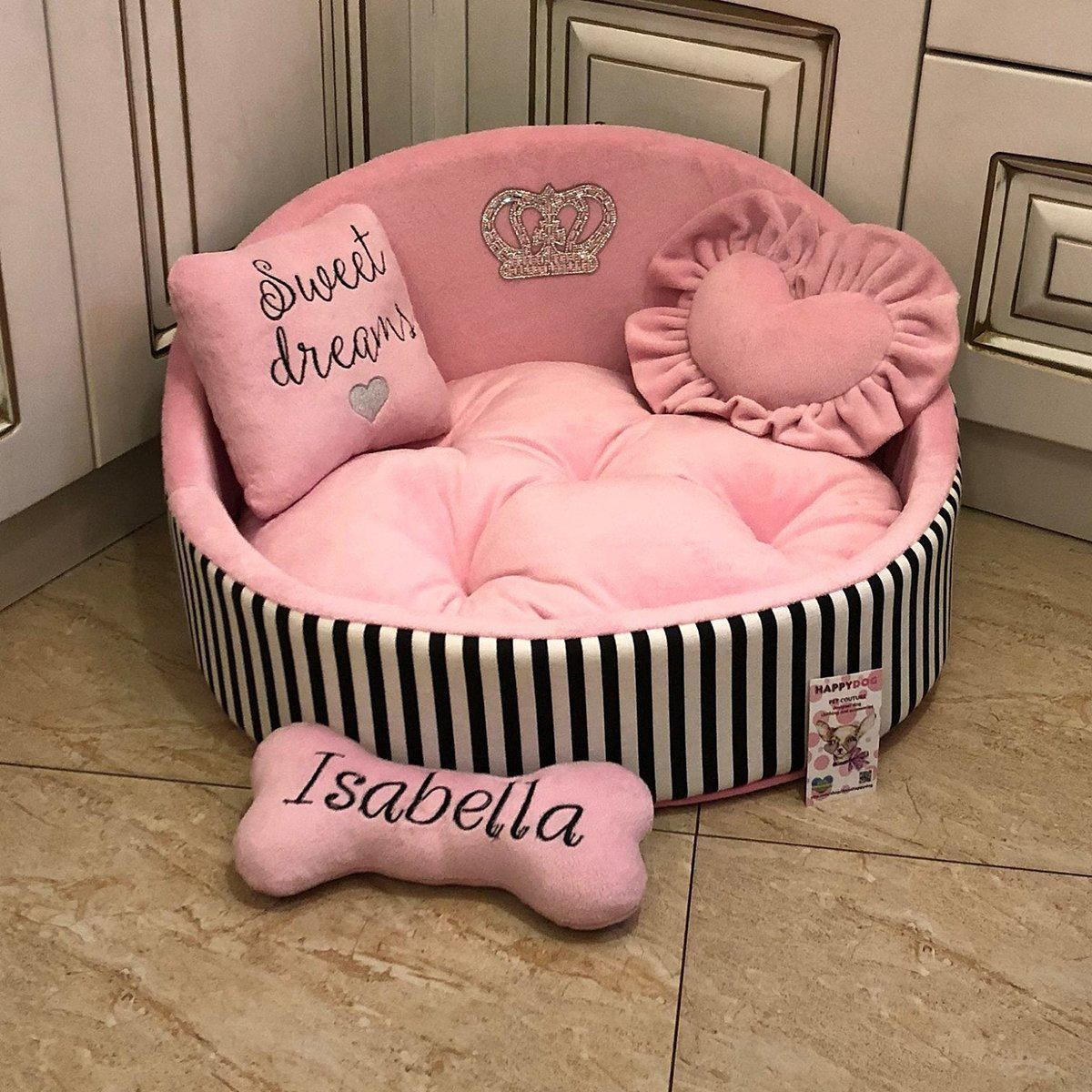 personalized pet bed Dog Bed for a princess with a name unique cat bed exclusive bed for a pomeranian Best and very beautiful pet Bed