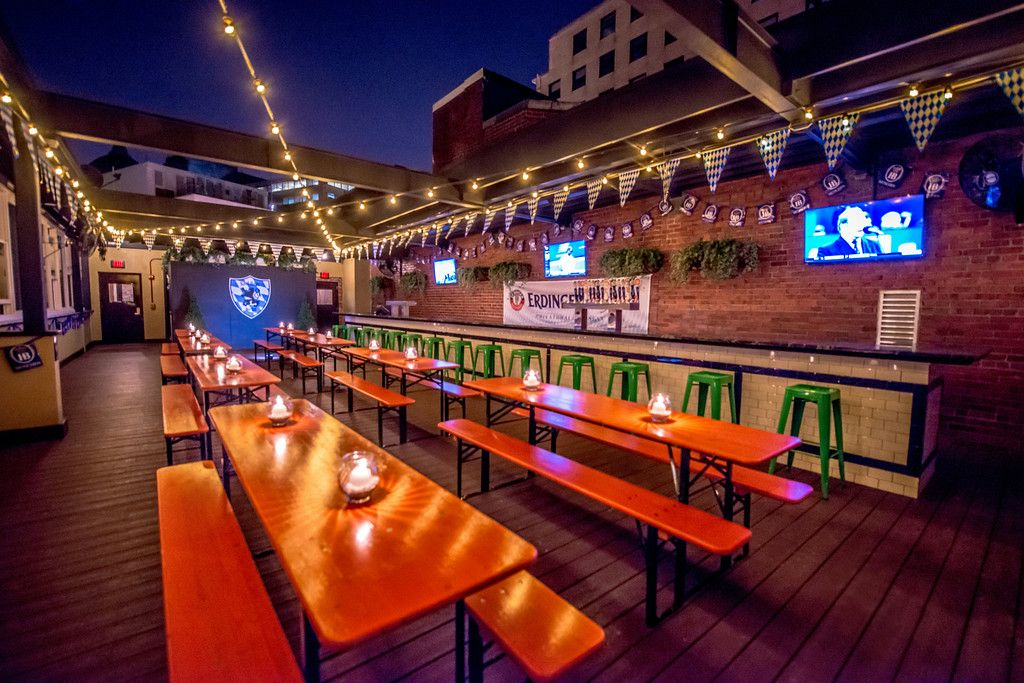Sauf Haus Bier Google Search Best Rooftop Bars Beer Garden
