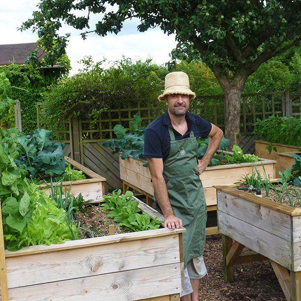 Tous les plans pour fabriquer vos bacs sur lev s et jardiner debout art jardin potager - Plan jardin potager sureleve ...