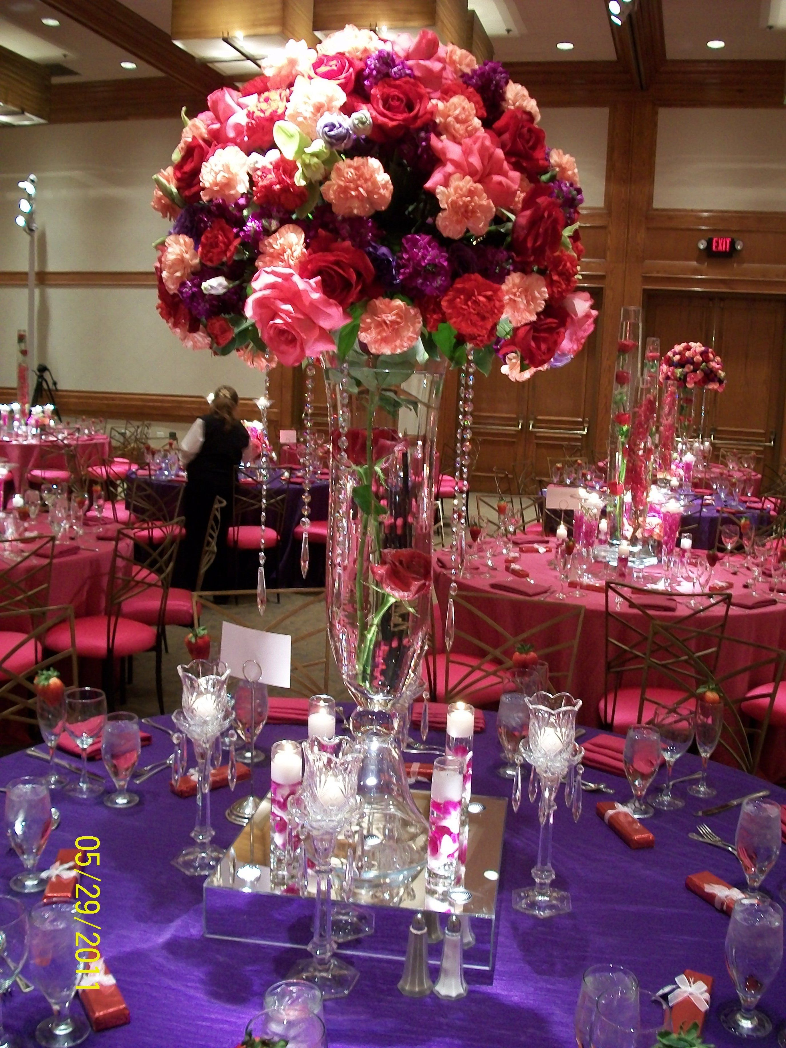 Wedding decoration ideas red and white  Pink u Purple Tall Centerpiece Pretty stand and like the floating