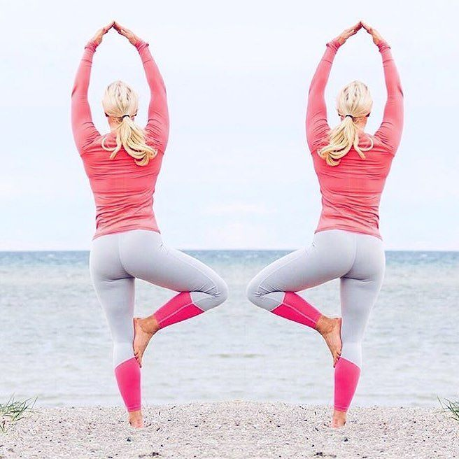 @emeliemantynen wearing our Coral Block Tights doing her yoga  #bringsportswear