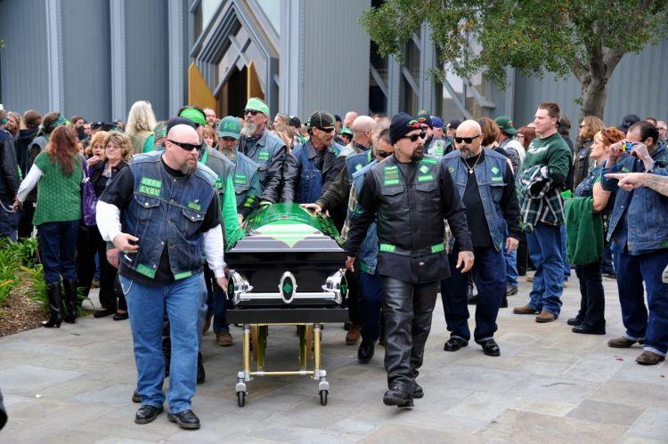 Vagos funeral | 1% er | Motorcycle clubs, Biker, Motorcycle