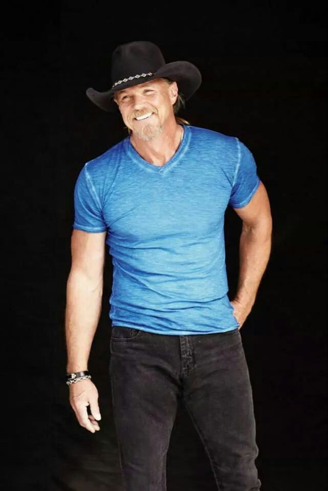 Traces beautiful smile | Trace Adkins in 2019 | Trace adkins
