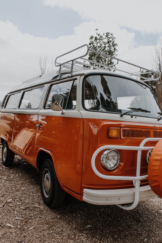 Orange Volkswagen Kombi In 2020 Volkswagen Vintage Vans Vw Van