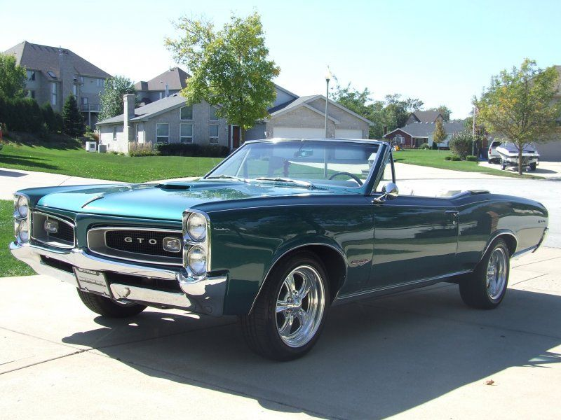 1966 Pontiac GTO for sale – Classic car ad from CollectionCar.com.