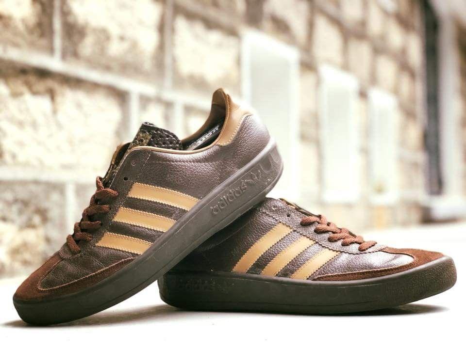size 40 2d06f 4b688 Crackin pair of vintage adidas Madrid