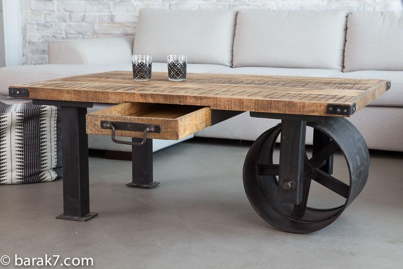 table basse industrielle roue noire barak 39 7 table. Black Bedroom Furniture Sets. Home Design Ideas