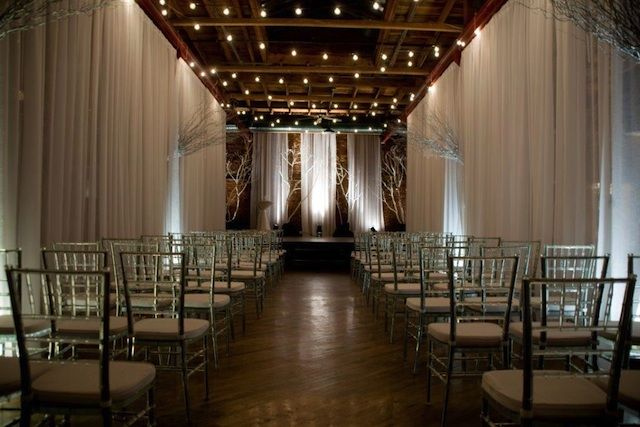 non church wedding ceremony, #nashvillewedding, nashville wedding venue, modern venue, stylish weddings nashville, nashville location downtown, @NashvilleEventSpace, avenue